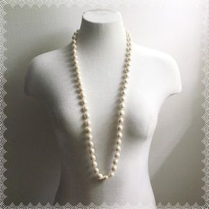 Jewelry - Boutique   Pearl Necklace